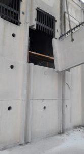 Apertura de hueco para puerta en Santa Perpetua