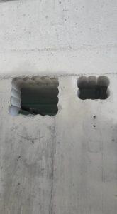 Taladro en hormigón para apertura de hueco en oficinas para aire acondicionado